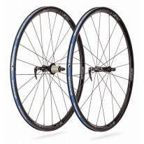 REYNOLDS ATTACK CARBON CLINCHER TUBELESS WHEELSET
